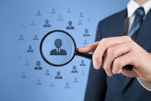 how social media enable targeted recruitment